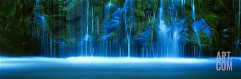 Mossbrae Falls, Sacramento River, Shasta Cascade, Dunsmuir, California, USA Stretched Canvas Print
