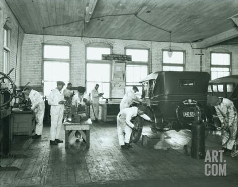 Harold S. Davies, Inc. Service Department, Circa 1930 Stretched Canvas Print